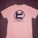 スタジオライブ・「フルーツ魂」を記念して作られたピーチーズTシャツ、第1弾!