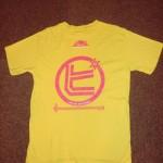 新宿ゴールデン街劇場にて、「監獄タッ譜」を記念して作られた○ピTシャツ復刻版、第6弾!